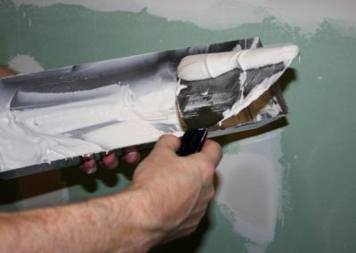 Applying Spackling to Drywall